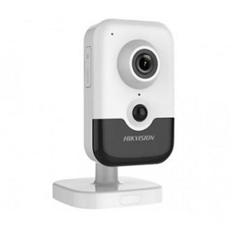 2 Мп Wi-Fi IP відеокамера Hikvision DS-2CD2421G0-IW (2.8 мм)